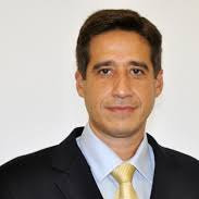 DR. CARLOS BARCAUI